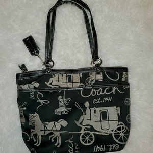 Coach  Signature Horse & Carriage Stagecoach Tote